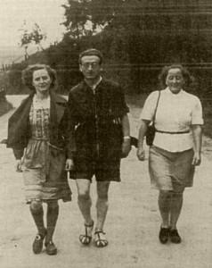 Beim Wandern im Taunus: Valentin Senger und seine Schwester Paula (links) mit Freundin Mimi Mahr. (Aufnahme 1937) © Ionka Senger