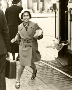 Lore Gotthelf travels to England on 7 July 1939. © Collection 2002.296, Case No. 30917, US Holocaust Memorial Museum, Washington D.C.