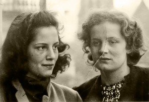 Maya Rhotert (left) with her friend Hilde Lückel (photo ca.1942/43). © Nicole Jussek-Sutton